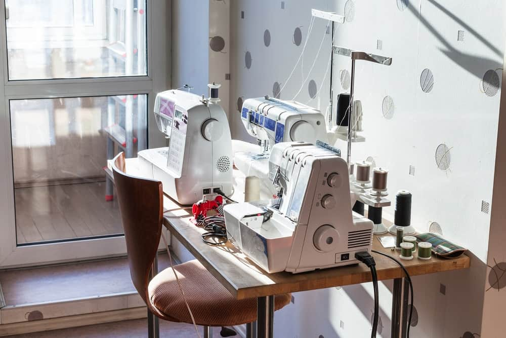 Best Serger Vs. Top Sewing Machine: What's The Difference?